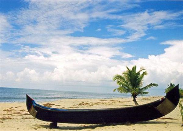 Beautiful Beaches at Varkala Beach, Kerala