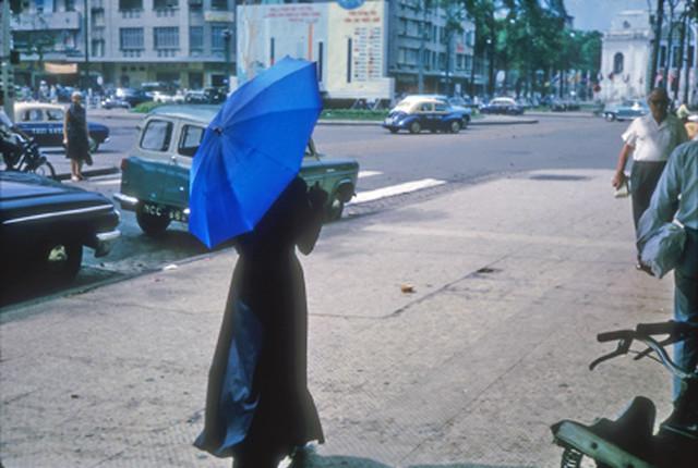 SAIGON 1965 - Đại lộ Lê Lợi, vòng xoay Công trường Lam Sơn