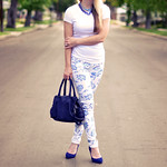 new floral print jeans-turban-white and blue