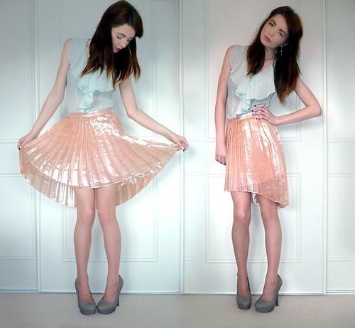 tspleatedskirt2