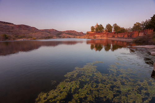 sunset india lake reflection moss spring hills rajasthan 2012 jodhpur mehrangarhfort jaswantthadamehrangarh