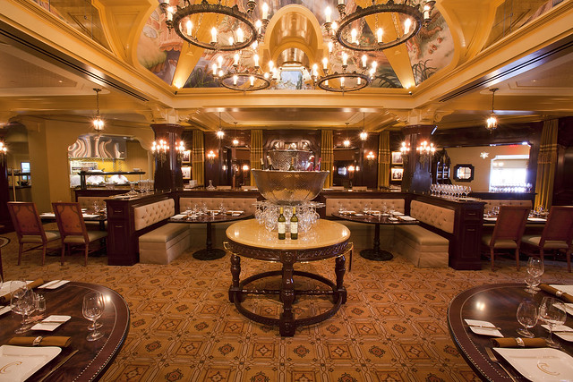Interior of the Carthay Circle Restaurant