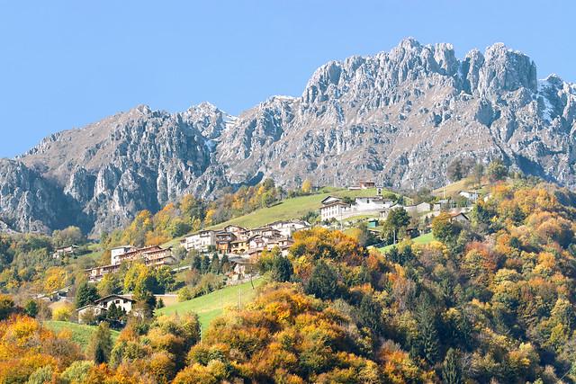 Valle di Oneta in autunno