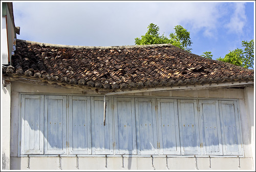 Old Tiled Roof, Krabi Road