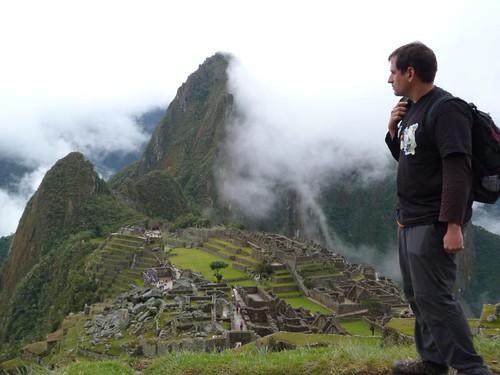 En las ruinas de Machu Picchu, Perú