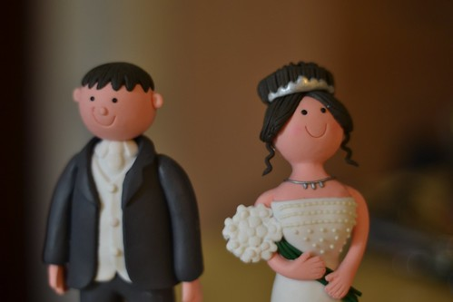 Bride & groom wedding cake figurines