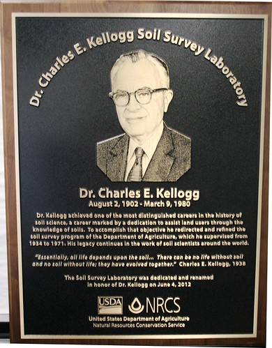 Dedication Plaque for the newly dedicated Dr. Charles E. Kellogg Soil Survey Laboratory in Lincoln, Neb. USDA photo.