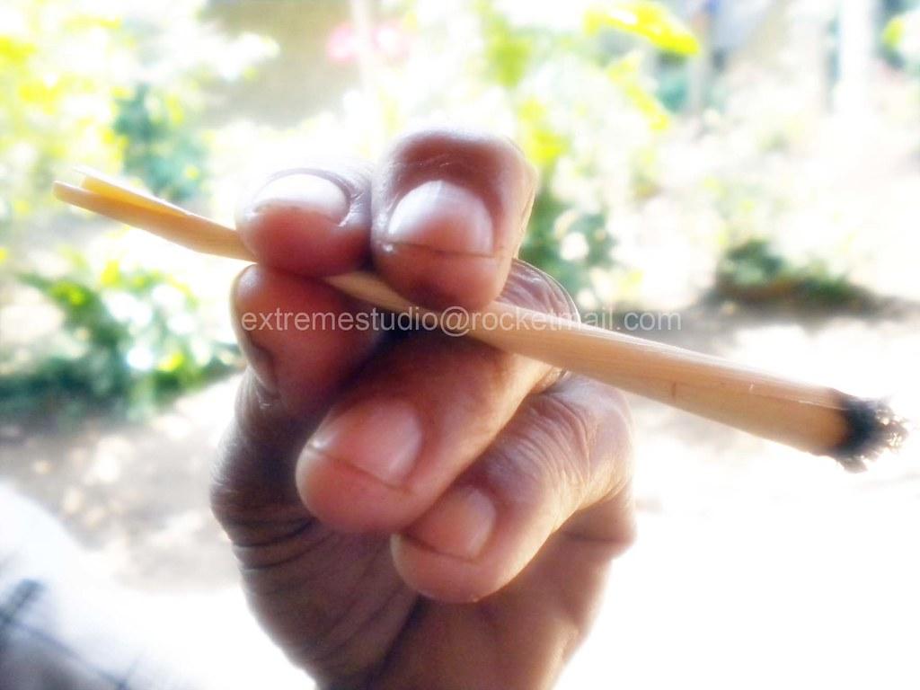 Rokok Daun Kawung Mencos7 Daftar Harga Terkini Dan Terlengkap Papir Papier Pahpir Paper Cigarettes Kertas Tembakau Sampoerna Mild B Aren