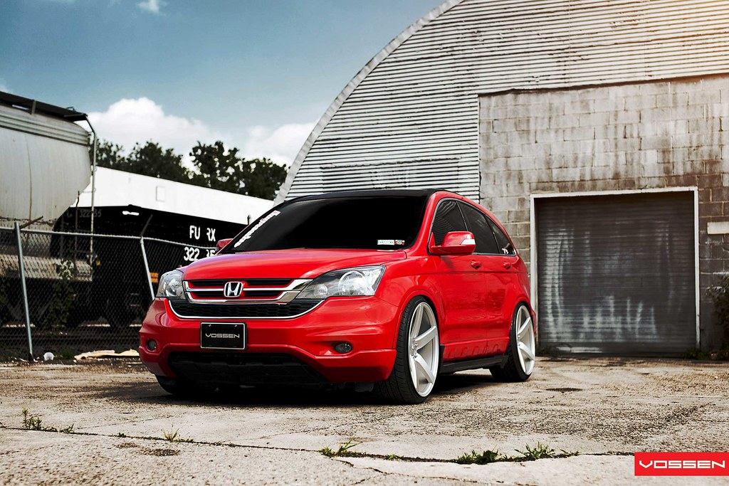 Red Honda crv stance vossen wheel