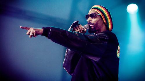 Snoop Dogg Performing