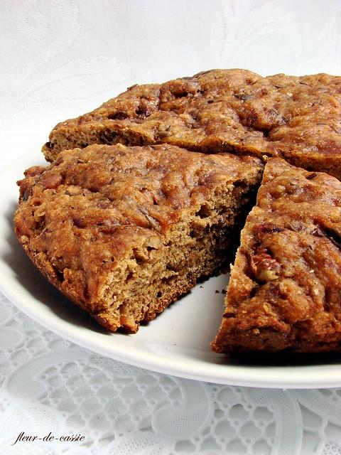 хлеб с финиками и грецкими орехами Рамзи 1