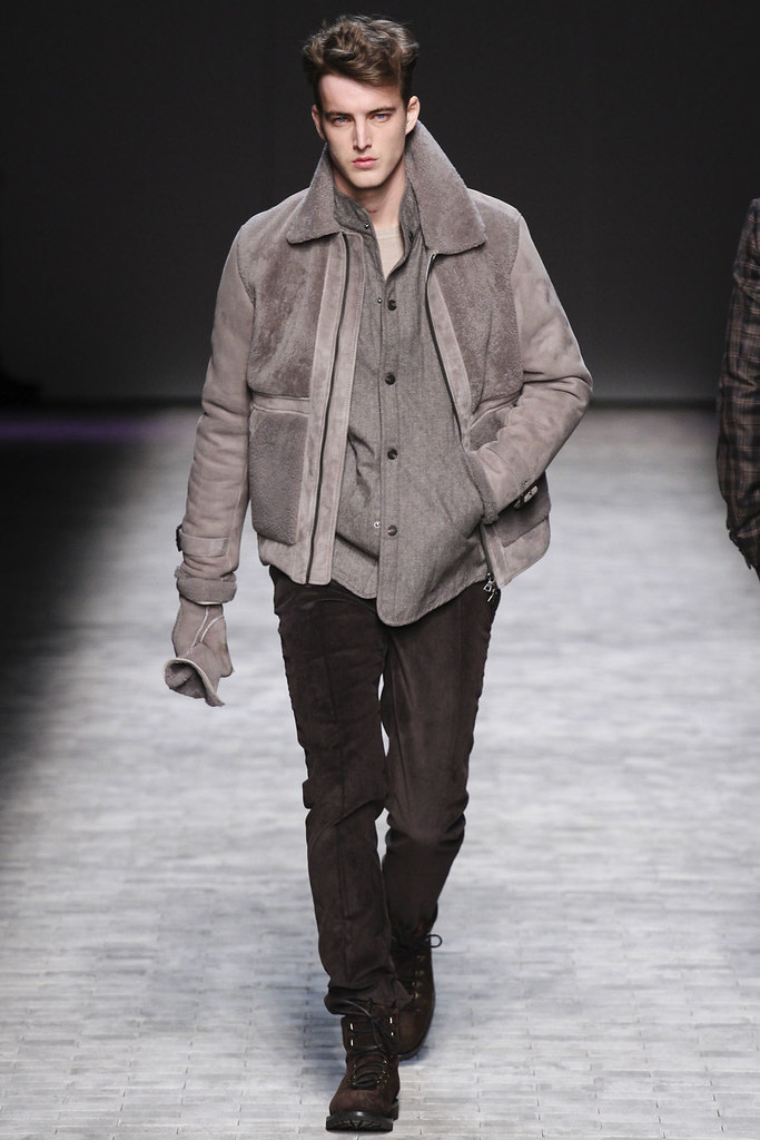 James Smith3616_FW12 NY Joseph Abboud(VOGUE)