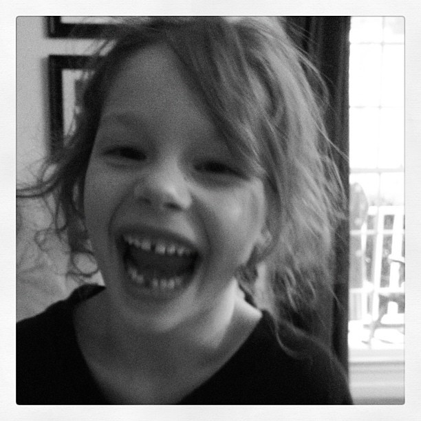 She lost her first tooth! My baby is growing up. #igkids #growingup