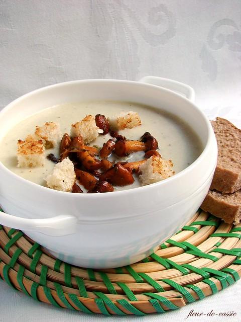 суп из кабачка с лисичками 2