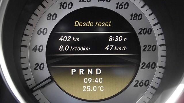 Prueba Clase C Coupe 220 cdi interiores (54)