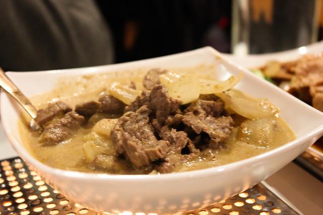 Curry de ternera amarillo Massaman en The King and I