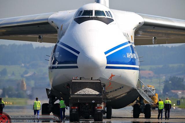 An-124 Emmen 2012-3
