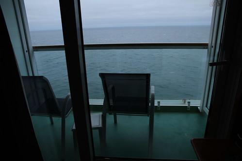Norwegian Pearl Cabin - Moody Balcony