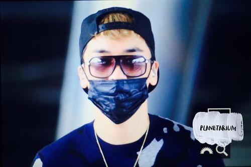 BIGBANG arrival ICN Seoul from Taiwan 2015-09-28 (30)