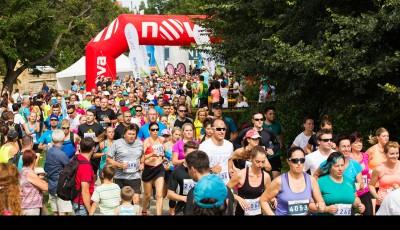 Rekordní RunTour v Plzni rozběhlo téměř 1 500 běžců