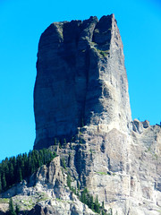 A big chunk o'rock