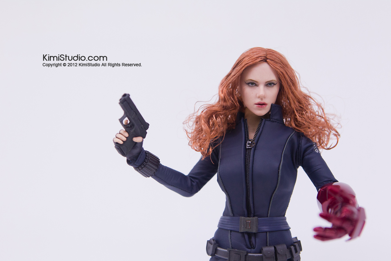 2011.11.12 HOT TOYS-071