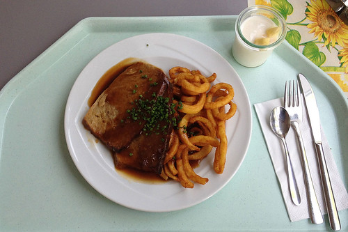 Rahmhackbraten mit Twister Fries / Cream meat loaf with twister fries