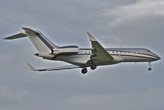 Untitled (TAG Aviation UK) Bombardier BD-700-1A10 Global Express XRS; G-SHEF@ZRH;28.04.2012
