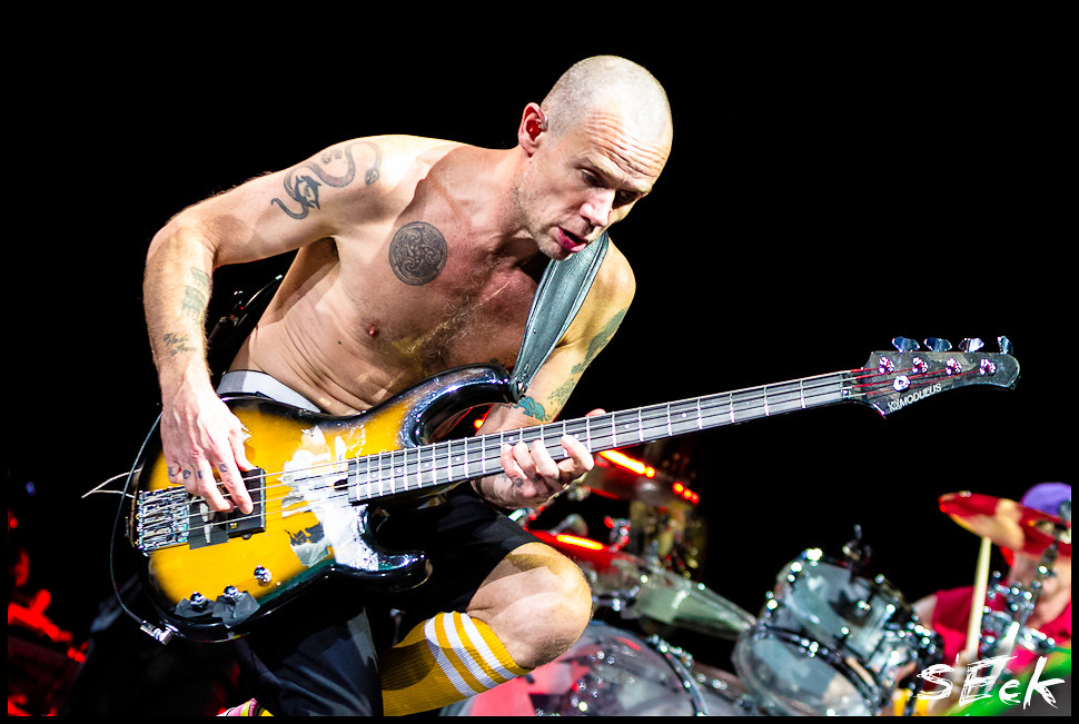 Red Hot Chili Peppers Live @ Wells Fargo Center 5/11/12