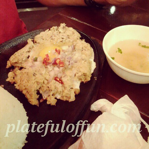 chicboy tuna sisig