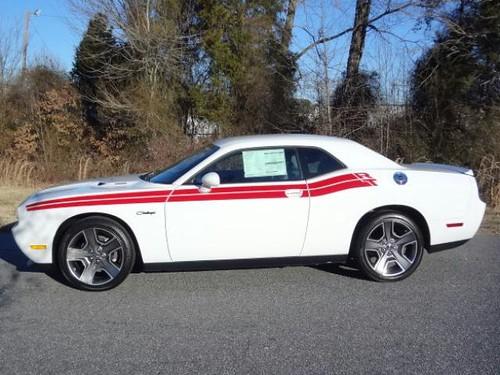Black Wheels On White Red Rt Classic Dodge Challenger Forum