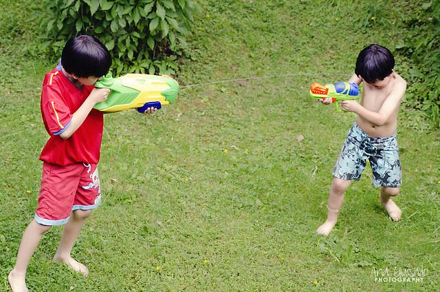 20120619_Pistolas de agua