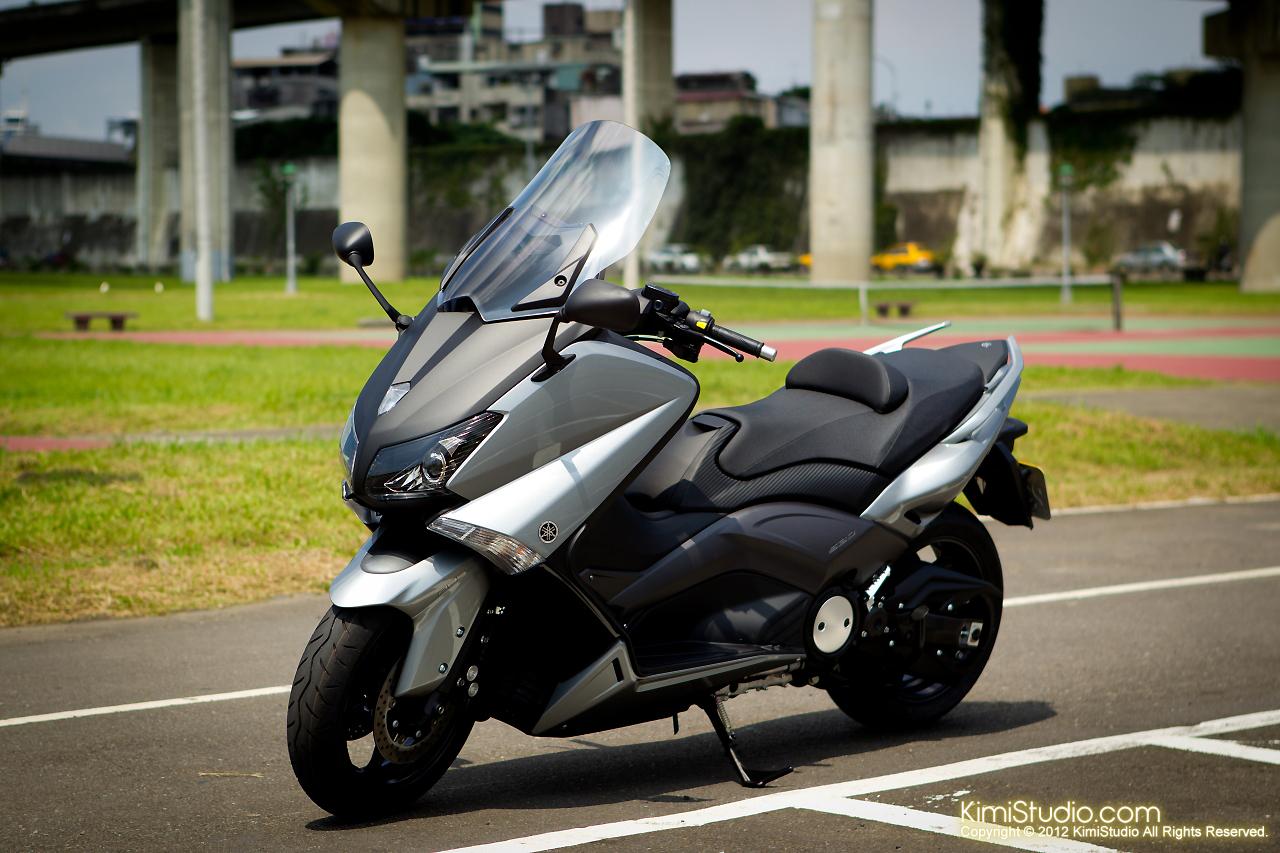 2012.06.30 T-max 530-001