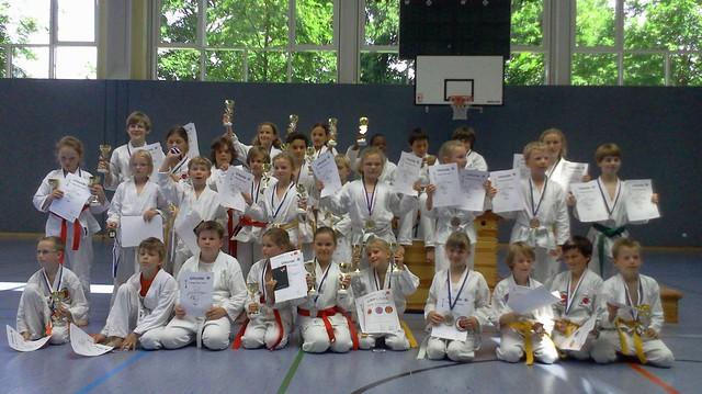 Die erfolgreichen Karateka des 7.Poinger Dojo-Turniers