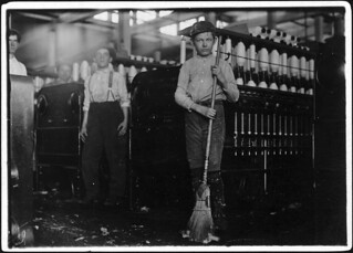 Young sweeper working in Anniston Yarn Mills. Anniston, Ala, November 1910