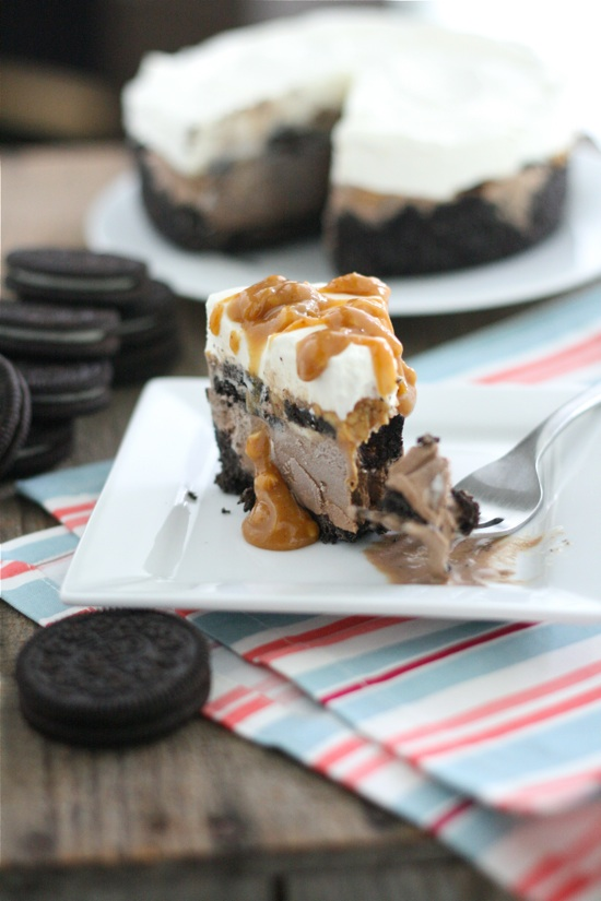 Peanut Butter Oreo Ice Cream Cake