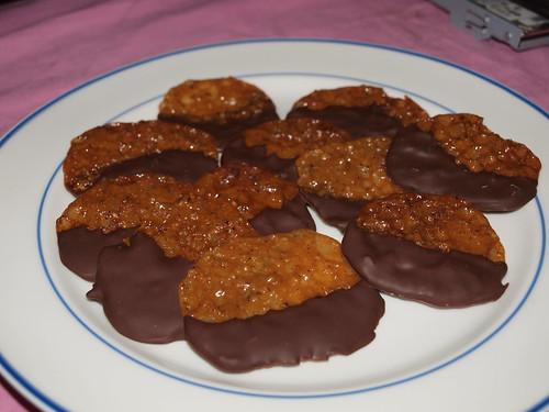 Chocolate snaps