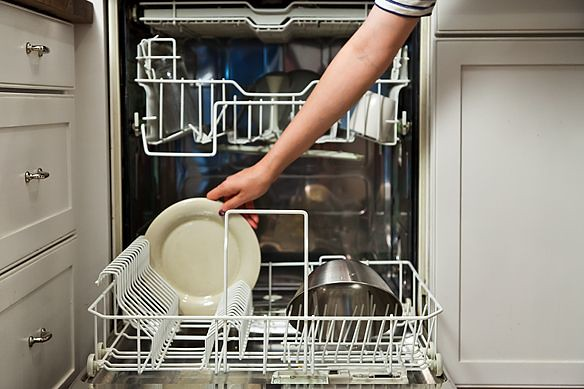 Loading dishwasher from Food52