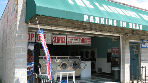 An open air neighborhood laundromat on Des Plaines Avenue.  Forest Park Illinois. July 2012. by Eddie from Chicago