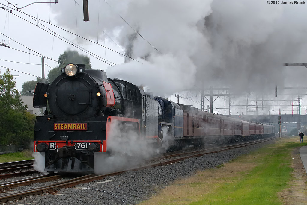 R761 and R711 depart Oakleigh by James Brook