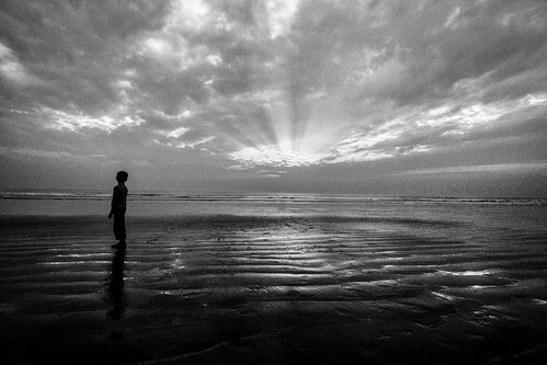 The era of solitude by Kazi Sudipto [ out of reach ]