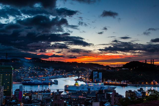 Taiwan_Keelung Harbor_基隆_中正公園_基隆港_夕色_夕陽_黃昏_Sunset_黑卡_IMG_4591