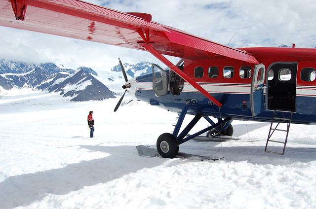 plane-snow