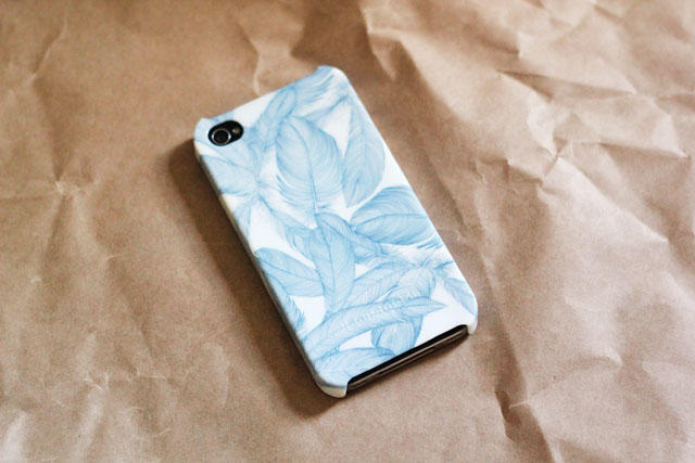 iconemesis feathers iphone case
