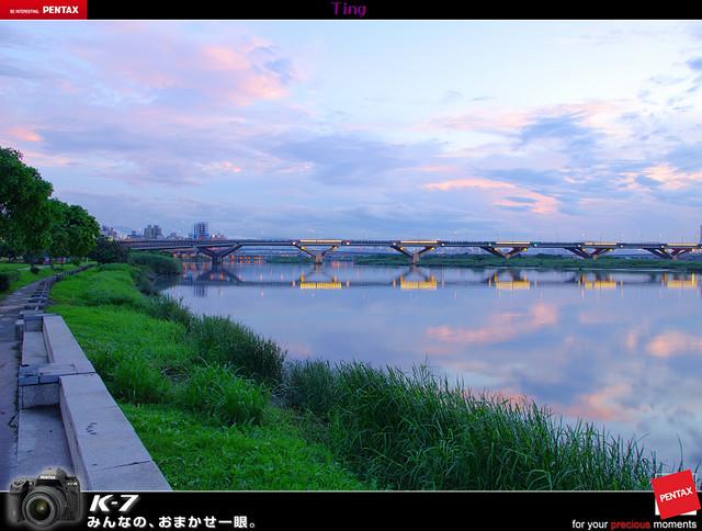 20120429的雨後夕照 at 大稻埕碼頭旁邊