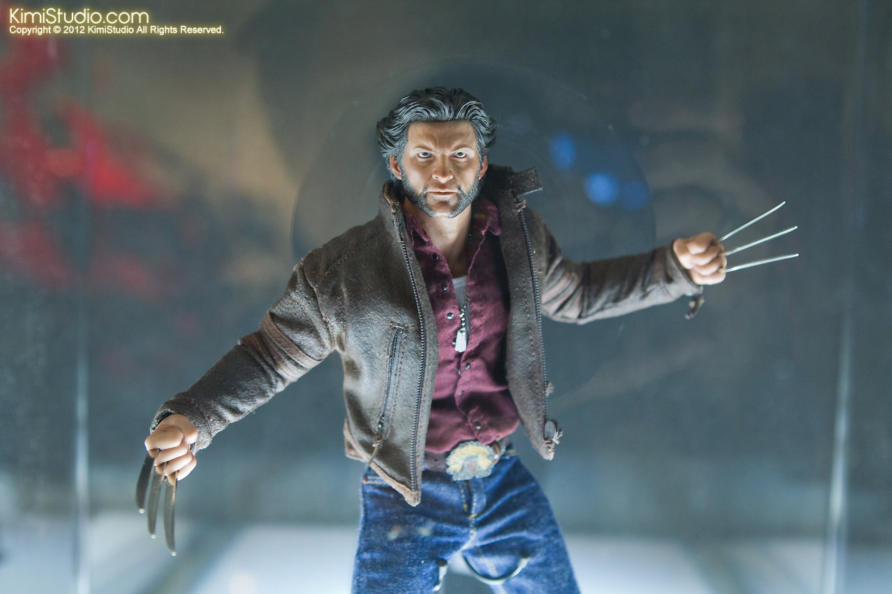 2011.11.12 HOT TOYS-032