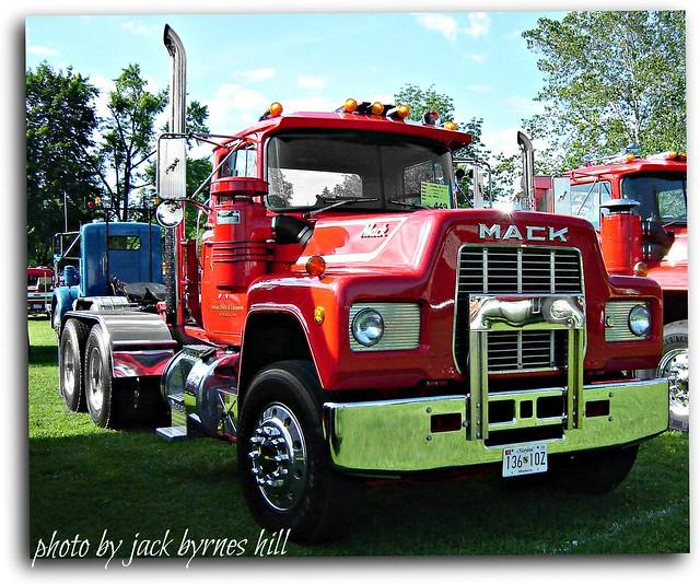 R Model Mack Show Truck : Mack r flickr photo sharing