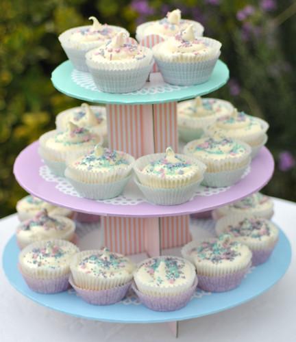 Pretty Tala cupcake stand