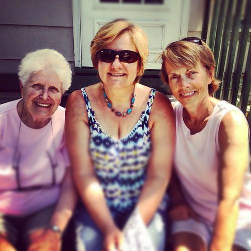 Nancy, Mom and Helean