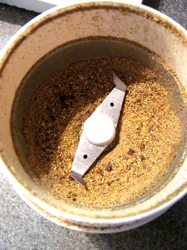 Does making homemade curry powder make a foodie difference?